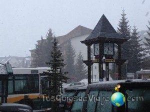 parada de autobus en formigal