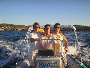 navegar en barco en ibiza