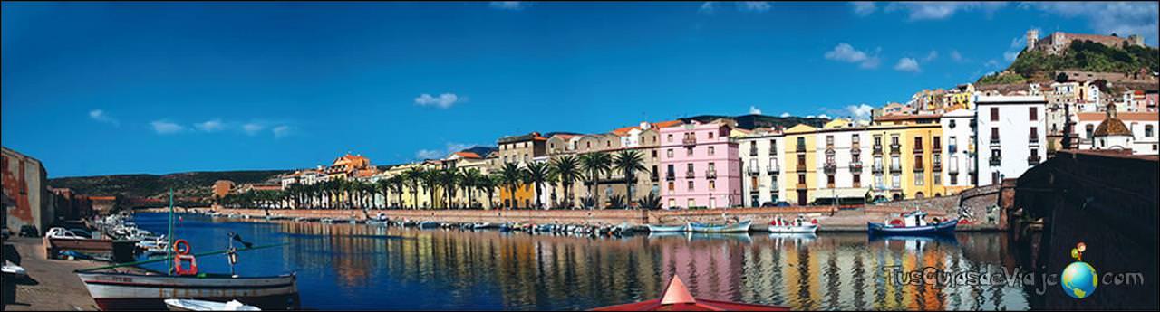 Canal y casas de colores en Bossa