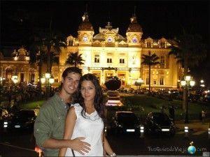 Espectacular iluminación del casino de Montecarlo